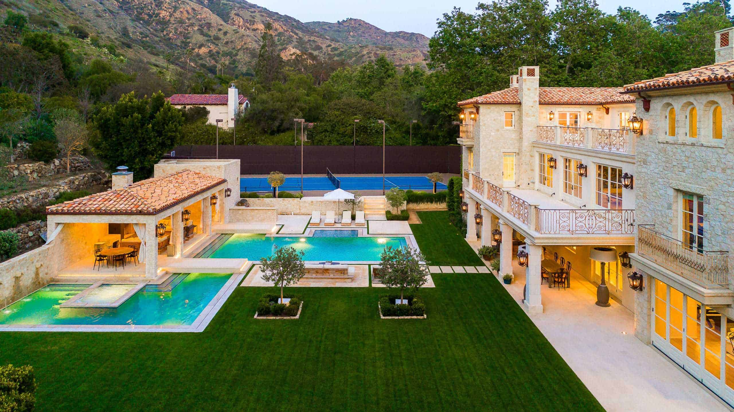 mansion in California with 2 pools